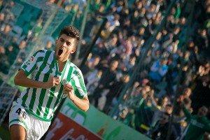 Ceballos celebrando un gol. Fuente: Web del club