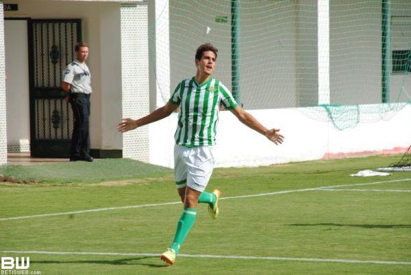 """Alegría celebrando un gol con el Betis """"B"""". Fuente: BetisWeb"""