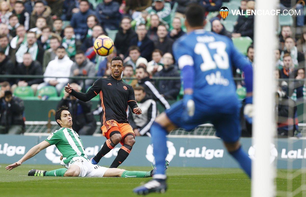 Imagen del encuentro. Fuente: Twitter del Valencia.