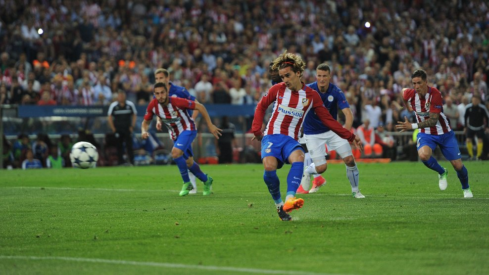 Griezmann anotando el único gol del encuentro desde los 11 metros. vía uefa.com