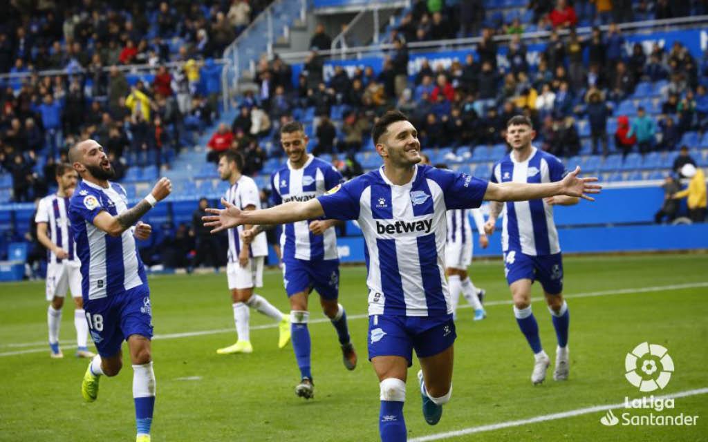 Lucas Pérez celebra un gol