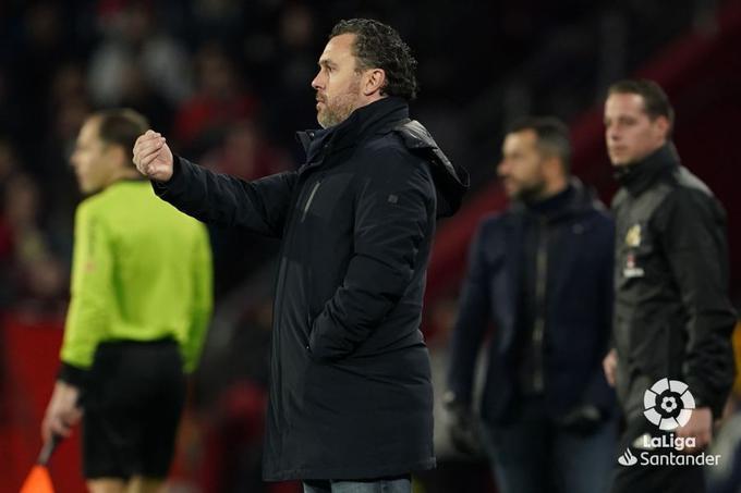 Sergio da órdenes durante un partido con el Real Valladolid