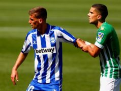 Pere Pons forcejea con Bartra