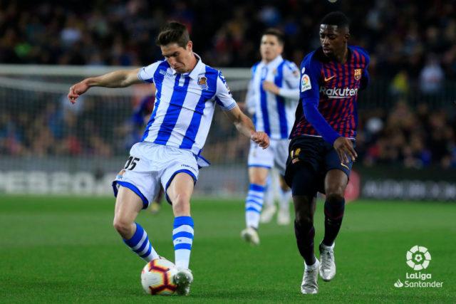 Aritz Elustondo durante un partido ante el Barcelona
