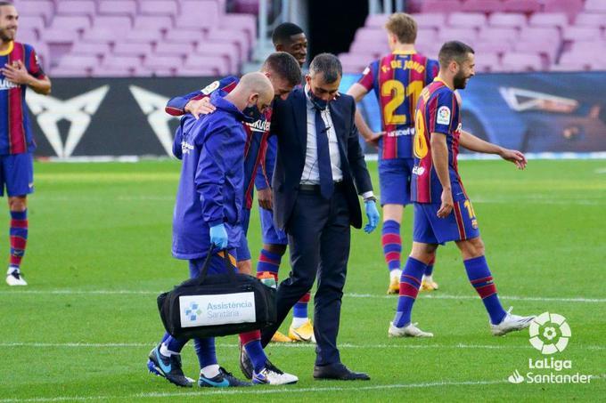 Lenglet se retira lesionado ante Osasuna