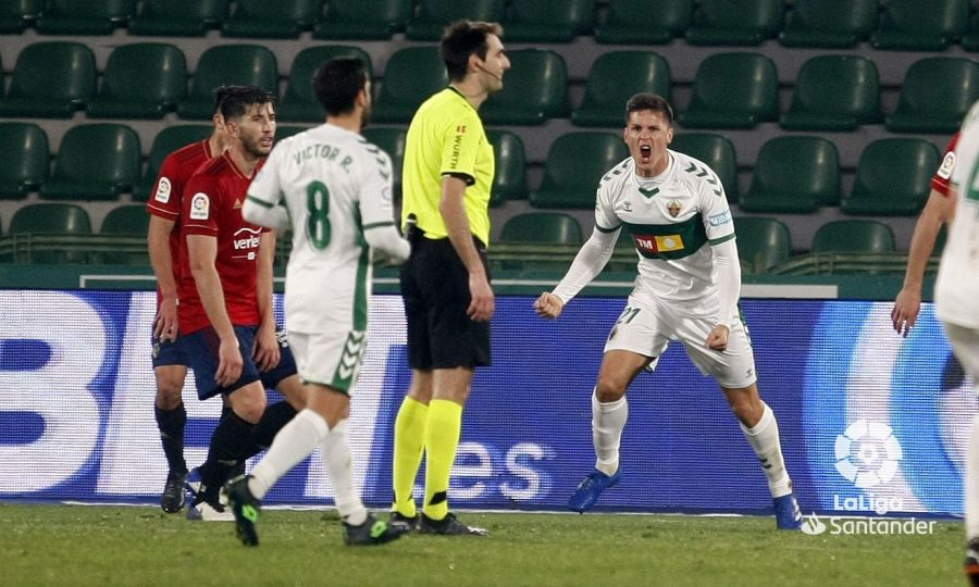 Carrillo celebra el gol