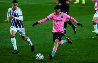 Pedri en un partido con el FC Barcelona