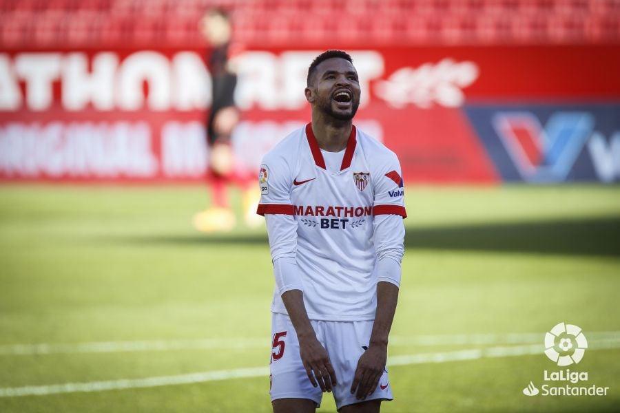 En-Nesyri celebrando un gol con el Sevilla