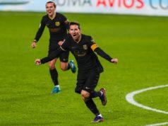 Messi y Griezmann celebran un gol