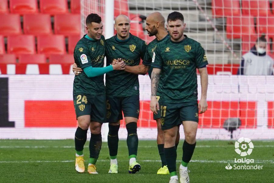 Borja García, entre otros, celebra un gol de Sandro