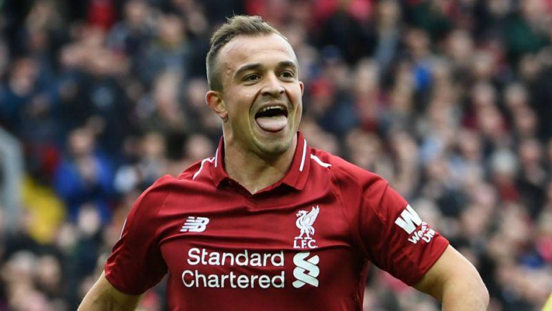 Shaqiri anotó dos goles en la victoria del Liverpool ante el Manchester United