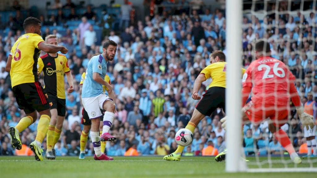 Bernardo Silva marcó un hattrick en la victoria del Manchester City ante el Watford.