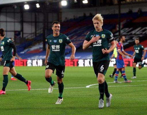 Ben Mee se une a la lista de bajas para esta jornada de la Premier League