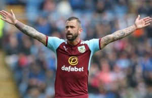 Steven Defour en el Burnley