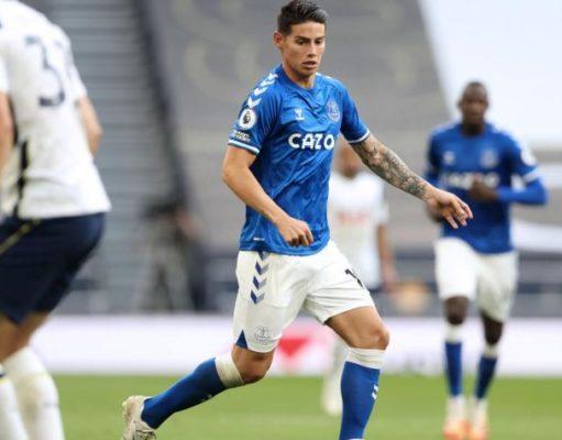 James Rodríguez en su debut con el Everton